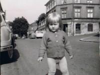 To år gamle Irene Mathisen fra Nittedalsgata 2 (1964)