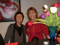 Blomster til Line Arneberg og Ragnhild Hoel (2008)
