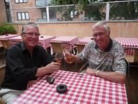 Typografene og vennene Arne Larsen og Jarl Bech møtes etter 43 år (2009)