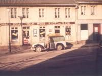 Bøgata 2 - Holm Kolonial ca 1960