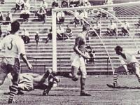 """""""Henger'n"""" scorer mot FFK (1962)"""