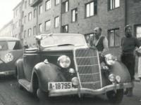 Biler utenfor Brinken 2 B (1953)