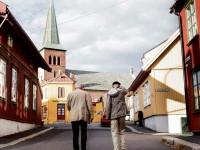 Kampeguider på vei mot Galleri Bastion, hvor Egon Olsen forklarte planene sine (2013)